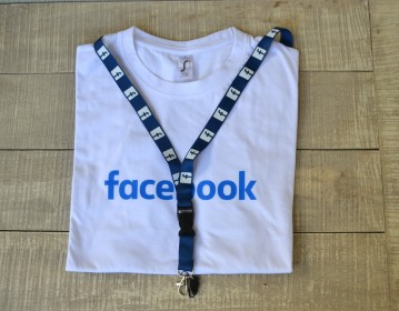 Valuecom Facebook T shirt Lanyard