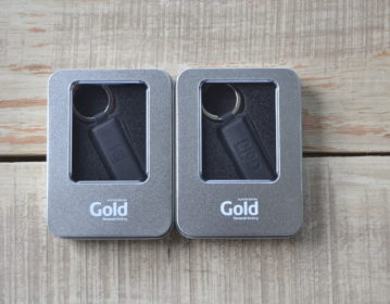 Alpha Bank Gold Leather Usb Gift Box