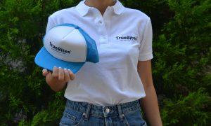 Good4U, branded polo & tracker hat