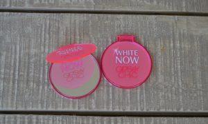 Unilever AIM White Now pocket mirror