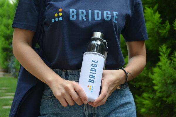 Instructure BridgeCon Glass Bottle with Neoprene Pouch