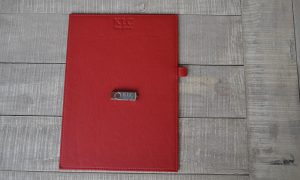 KLC Law Firm Δερμάτινος Φάκελλος Σημειώσεων Usb