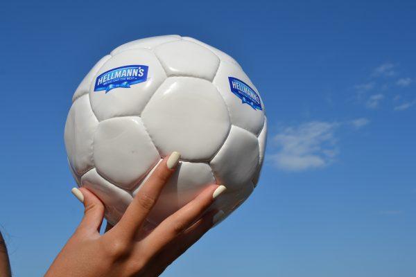 ποδοσφαίρου Hellmanns