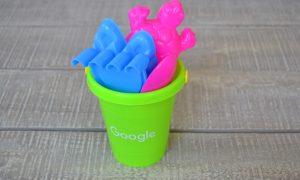 Google Κουβαδάκι με Παιχνίδια για την Παραλία