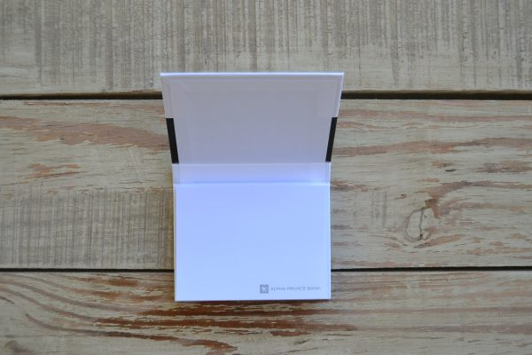 Alpha private bank μπλοκ με αυτοκόλλητα χαρτάκια 1 1