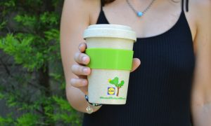 bamboo cup with silicone band & lid