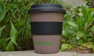 bamboo mug with silicone ring & lid