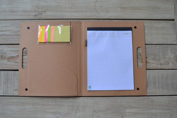 Epaphy folder από χαρτόνι μέσα